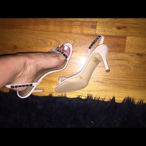 Sz 8 BCBG heels